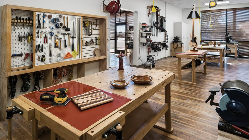 Wood working room at Robson Ranch Arizona, a Robson Resort Community for active adults in the Greater Phoenix / Casa Grande area.